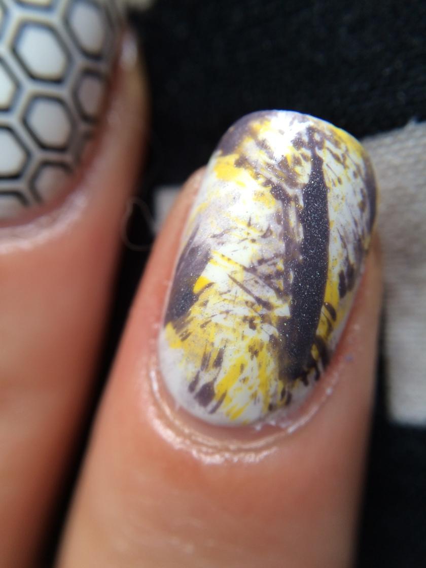 nail art dry brush