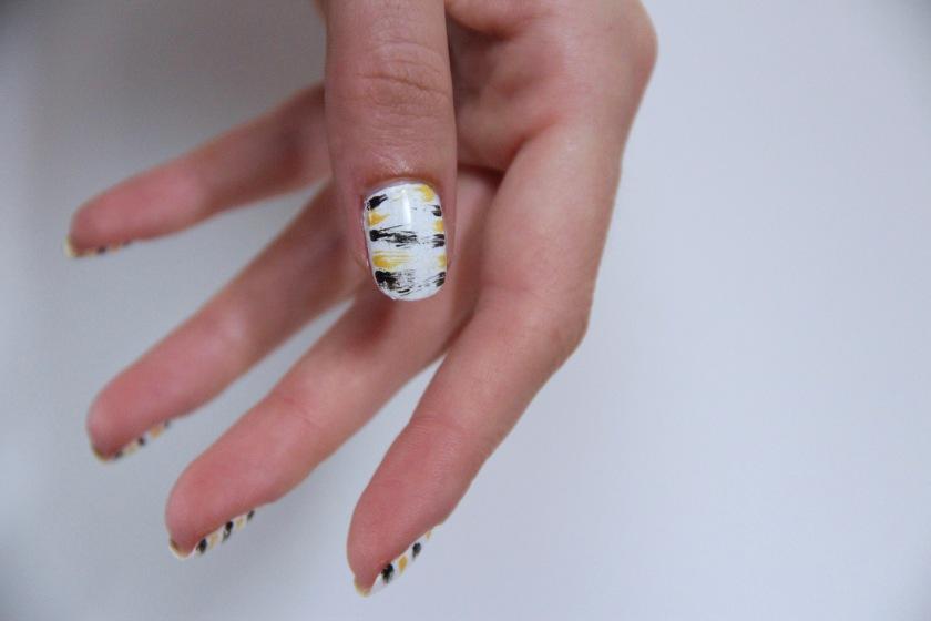 nail-art-dry-brush