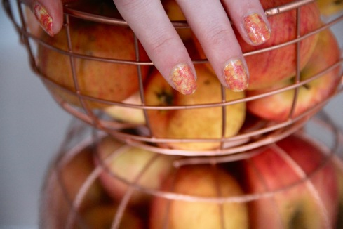 apple-nails